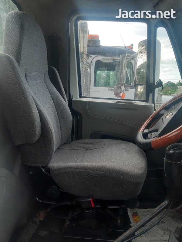 2008 International Prostar Day Cab Truck-3