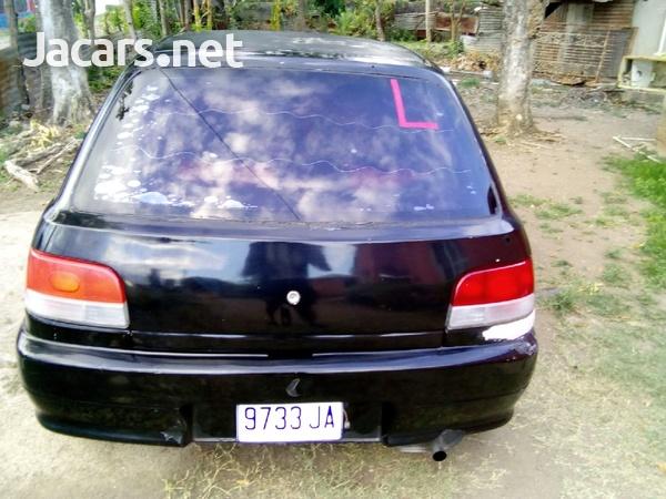 Daihatsu Charade 1,4L 1996-3