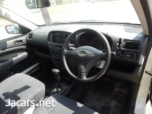 Toyota Probox 1,5L 2014-7