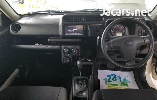 Toyota Probox 1,5L 2016-6