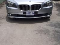 BMW 7-Series 2,5L 2011