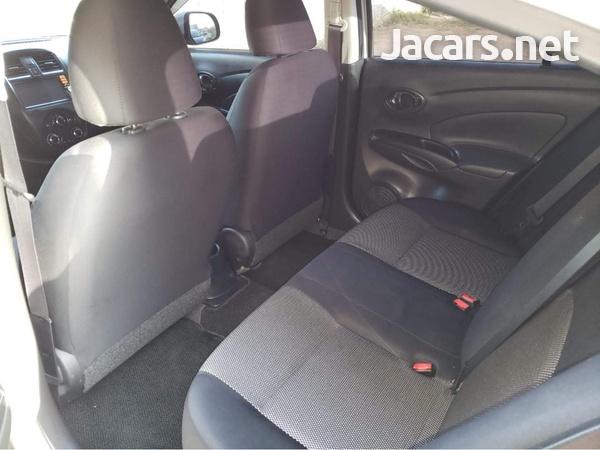 Nissan Latio 1,5L 2015-4