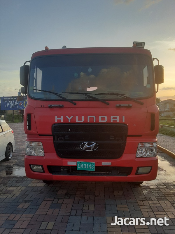 2011 Hyundai HD170 Truck-1