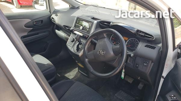 Toyota Wish 1,8L 2011-12