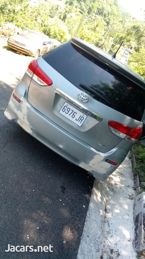 Toyota Wish 2,0L 2010-2