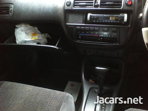 Honda Integra 1,4L 1998-3