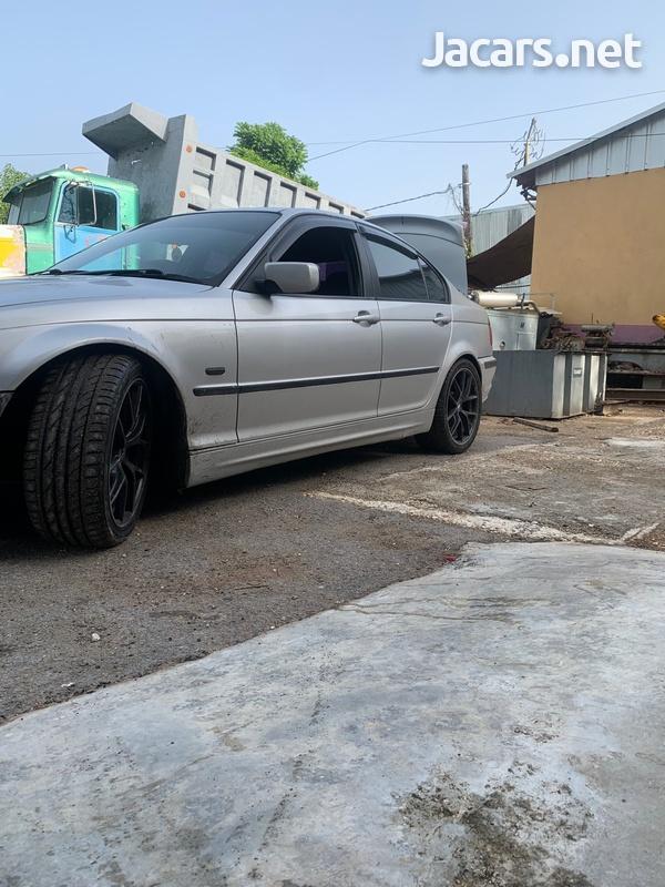 BMW 3-Series 2,5L 2000-1