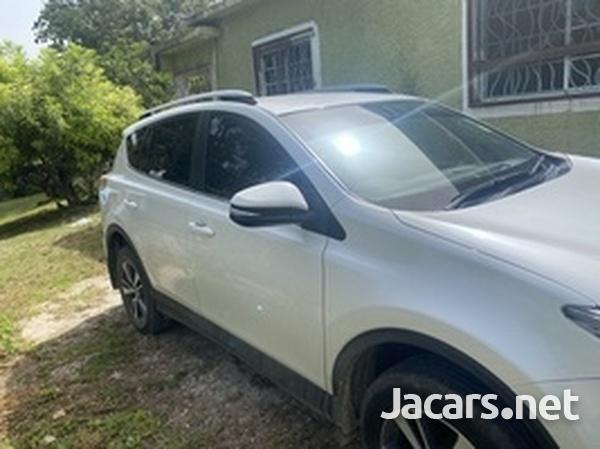 Toyota RAV4 2,0L 2018-8