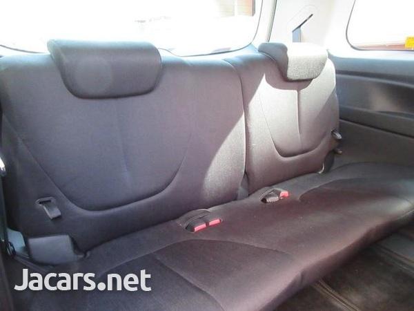 Mazda Biante 1,8L 2012-7