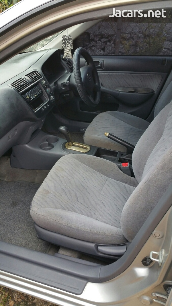 Honda Civic 1,4L 2002-5