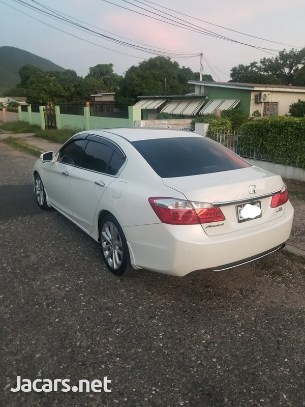 Honda Accord 2,4L 2013-6