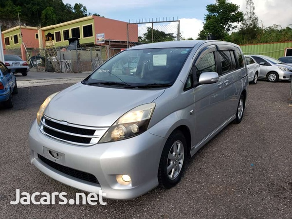 Toyota Isis 1,6L 2011-1