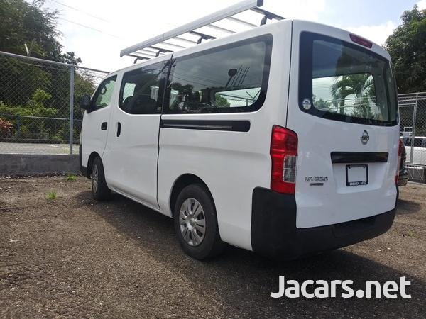 Nissan Caravan 2,0L 2015-12