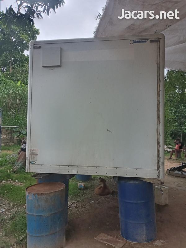 7 tons Cargo Box-6