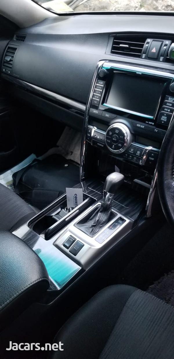Toyota Mark X 2,5L 2011-15