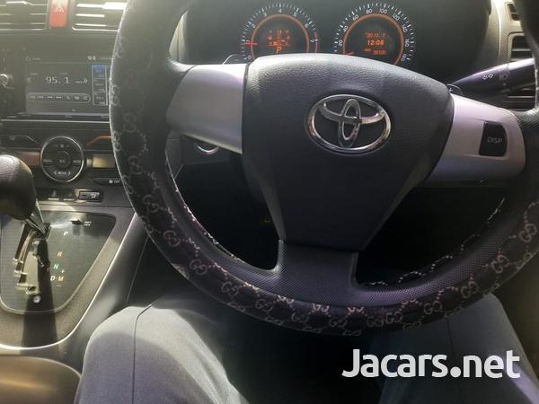Toyota AURIS 1,5L 2012-1