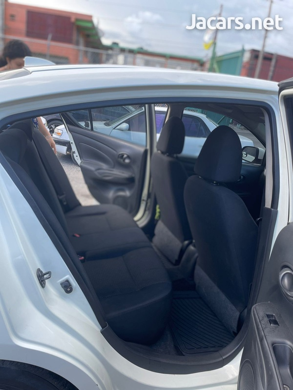 Nissan Latio 1,2L 2013-4