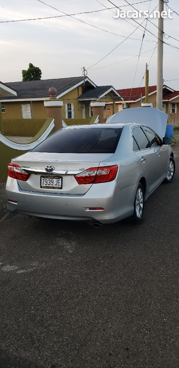 Toyota Camry 2,0L 2013-3
