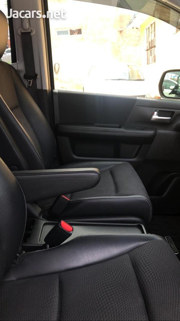 Honda Step wagon 2,0L 2012-7