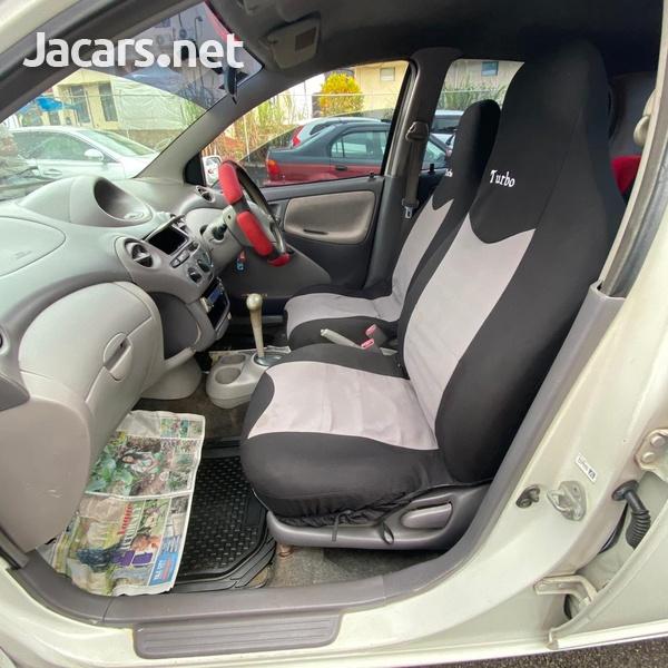 Toyota Yaris 1,5L 2002-7