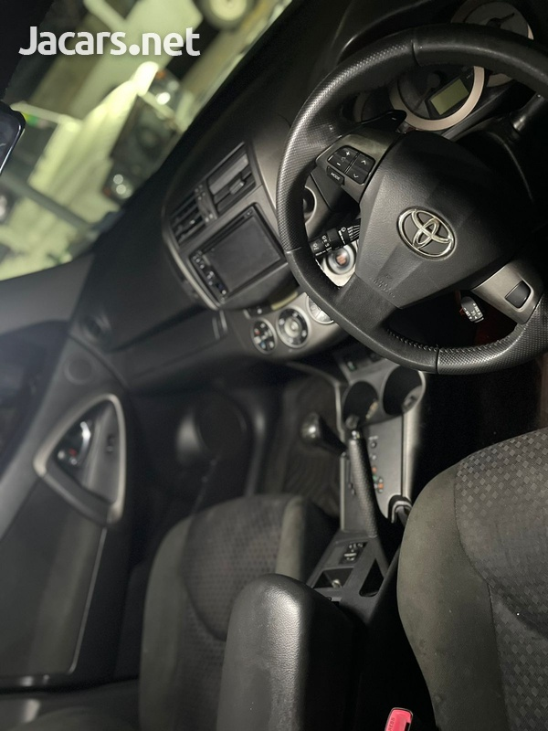 Toyota Vanguard 2,4L 2011-5