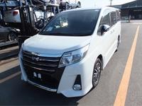 Toyota Noah 2,0L 2015