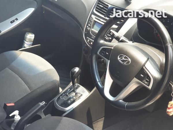 Hyundai Accent 1,4L 2014-3