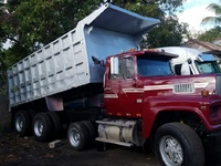 1993 Ford 9000