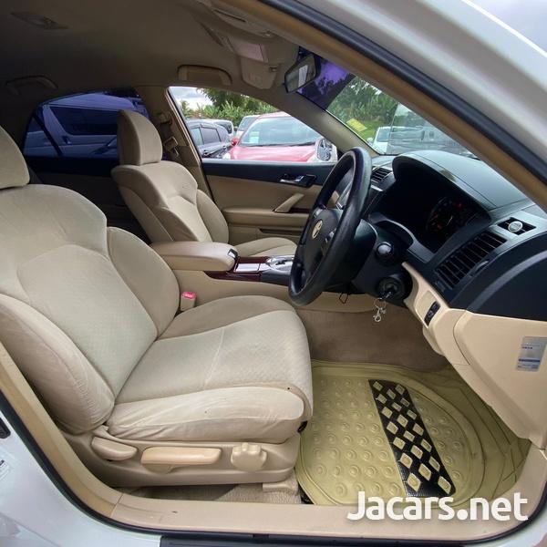 Toyota Mark X 2,5L 2009-7