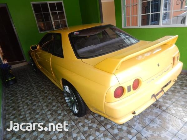Nissan Skyline 3,5L 1989-4