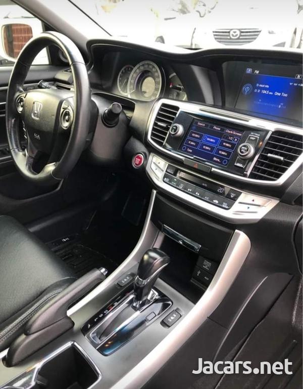 Honda Accord 2,0L 2013-8