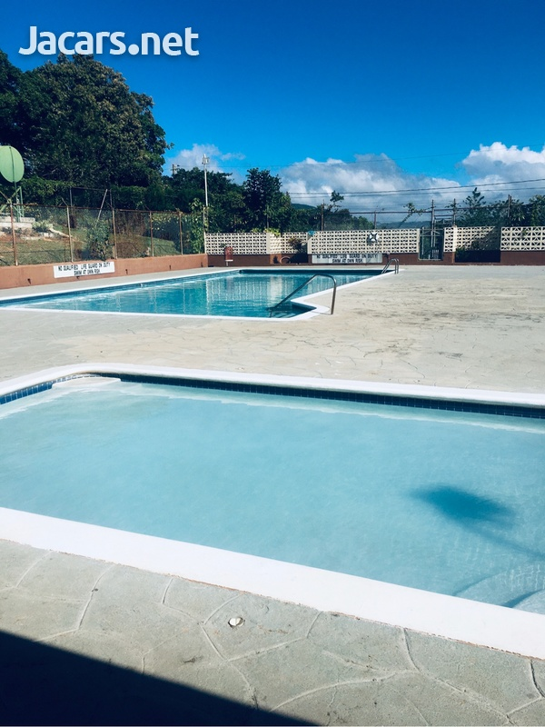 Swimming pool services and maintenance-2