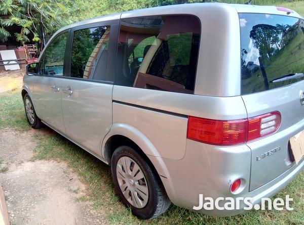 Nissan LaFesta 2,0L 2011-3