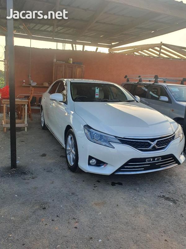 Toyota Mark X 2,5L 2016-3