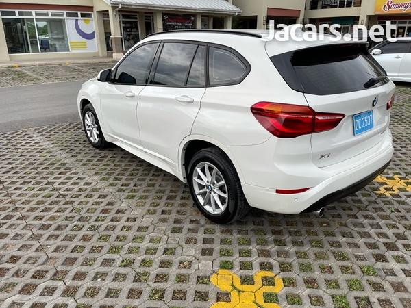 BMW X1 1,5L 2019-6