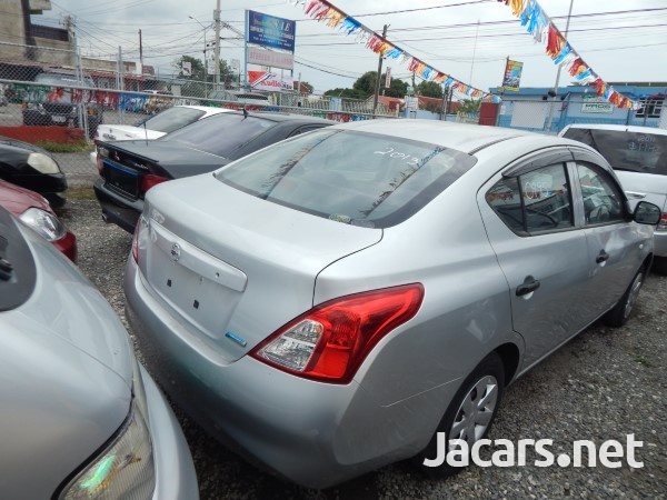 Nissan Latio 1,5L 2013-4