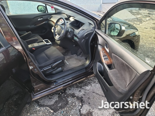 Honda Odyssey 2,0L 2012-6