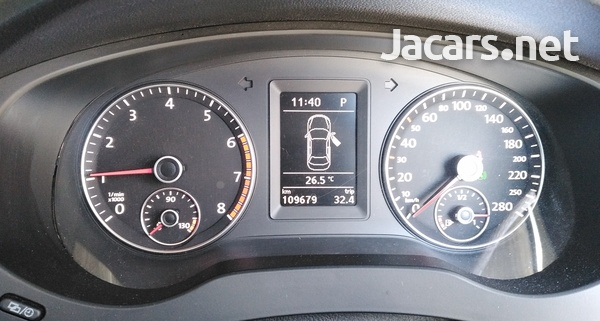 Volkswagen Jetta 1,4L 2012-5
