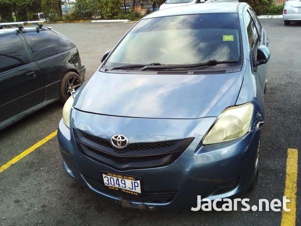 Toyota Belta 1,5L 2010-3