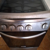 Used Frigidaire Stove, 4 burners