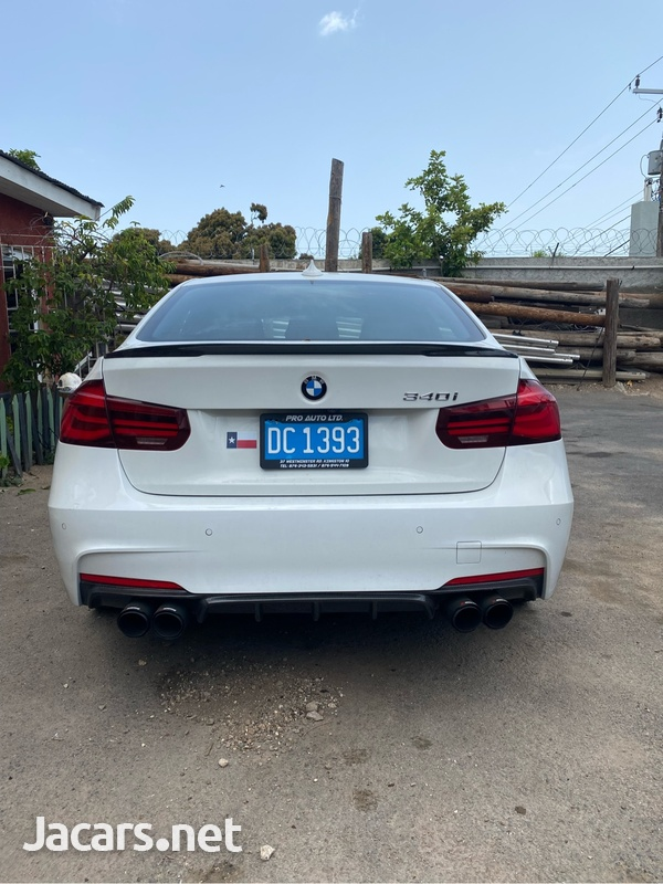 BMW 3-Series 3,0L 2018-4