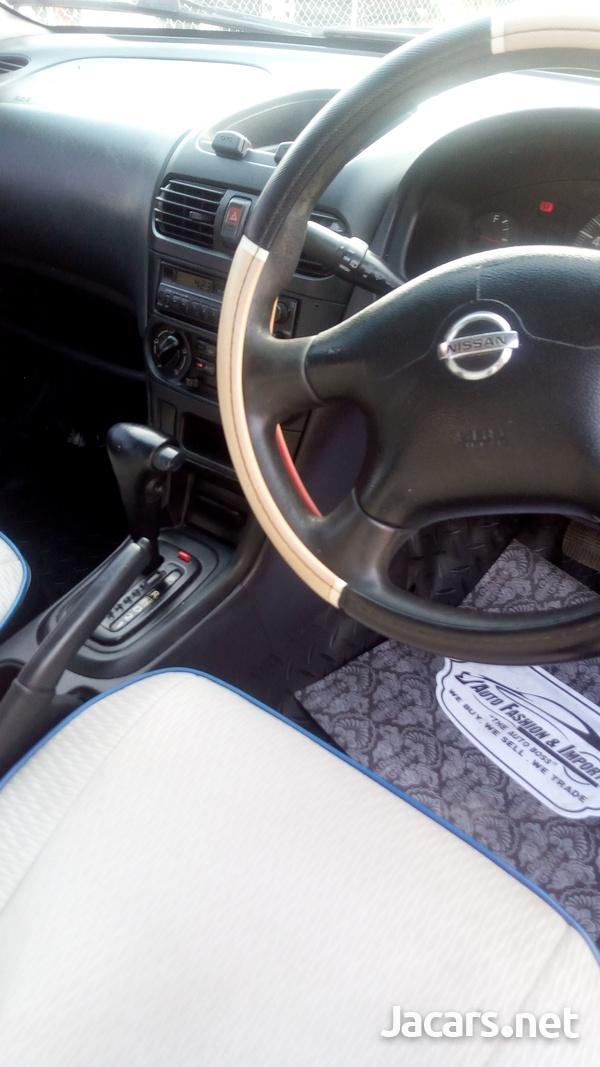 Nissan AD Wagon 1,6L 2008-6