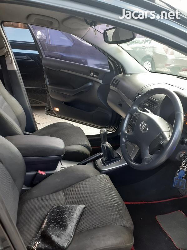 Toyota Avensis 1,8L 2008-6