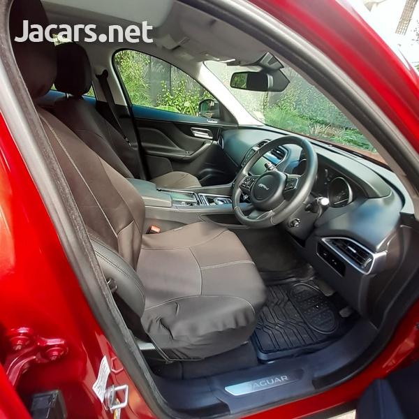 Jaguar F-Pace 2,0L 2018-4