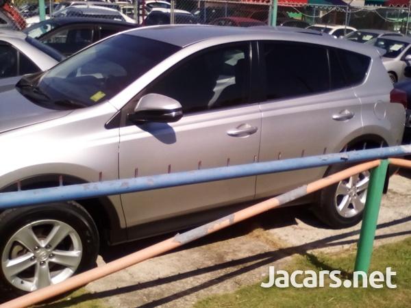 Toyota RAV4 2,0L 2013-3