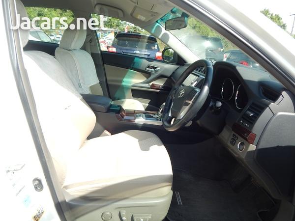 Toyota Mark X 2,4L 2012-5