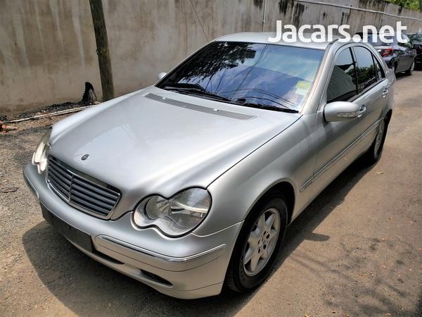 Mercedes-Benz C-Class 2,0L 2003-10