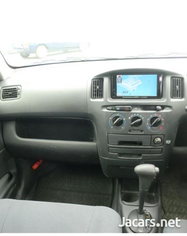 Toyota Probox 1,5L 2014-4