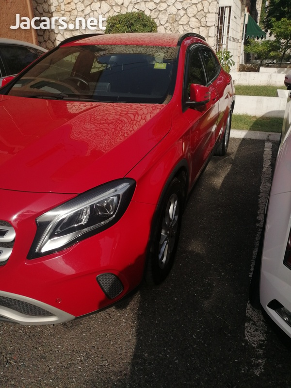 Mercedes-Benz GLA-Class 2,0L 2018-3