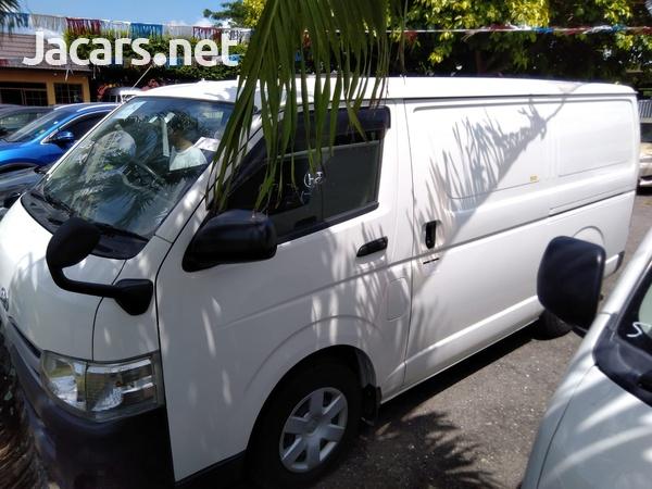 Toyota Hiace 3,0L 2013-5